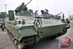 ank Leopard yang dibeli pemerintah Indonesia dari Jerman akan dipamerkan dalam Indo Defence Expo dan Forum 2012 pada tanggal 7-10 November 2012.