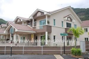 HARGA rumah yang semakin meningkat menjadi halangan utama kepada penjawat awam untuk memiliki rumah sendiri. - Gambar hiasan