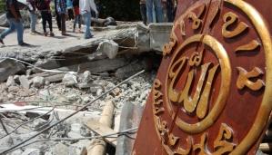 Reruntuhan masjid yang hancur akibat gempa 6,2 SR di Lampahan Timur, Aceh Tengah Provinsi Aceh (3/7).