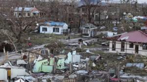 Kerusakan parah akibat Haiyan nyaris merata, terutama di Pulau Leyte