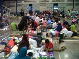 Suasana di pusat pemindahan sementara SJKC Chung Ching, Kuantan, Pahang