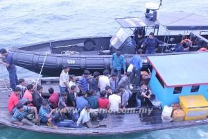 SEBAHAGIAN daripada 41 PATI yang ditahan Maritim Malaysia