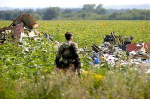 Keadaan kawasan nahas MH17 pada 23 Julai 2014 di Donetsk. – Reuters