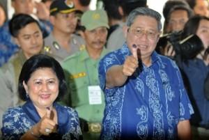 Presiden SBY bersama Ibu Negara, Ani Bambang Yudhoyono