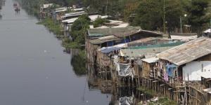 Ilustrasi Kemiskinan di pinggiran Kota Jakarta